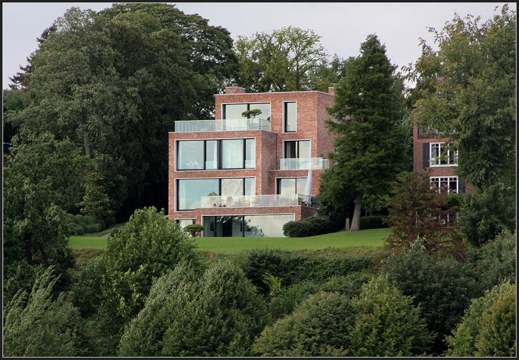 It s hard to save a destroyed heart kapitel 3 lovejayrathbone - Foto moderne villa ...