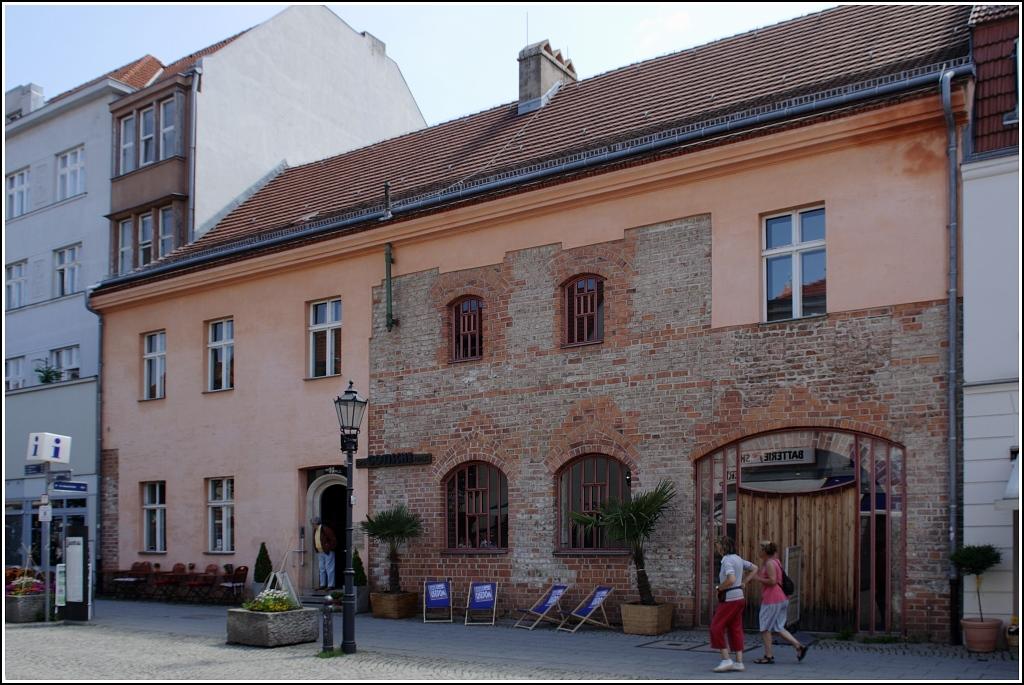 Haus Kaufen In Berlin Spandau kleines mehrfamilienhaus in