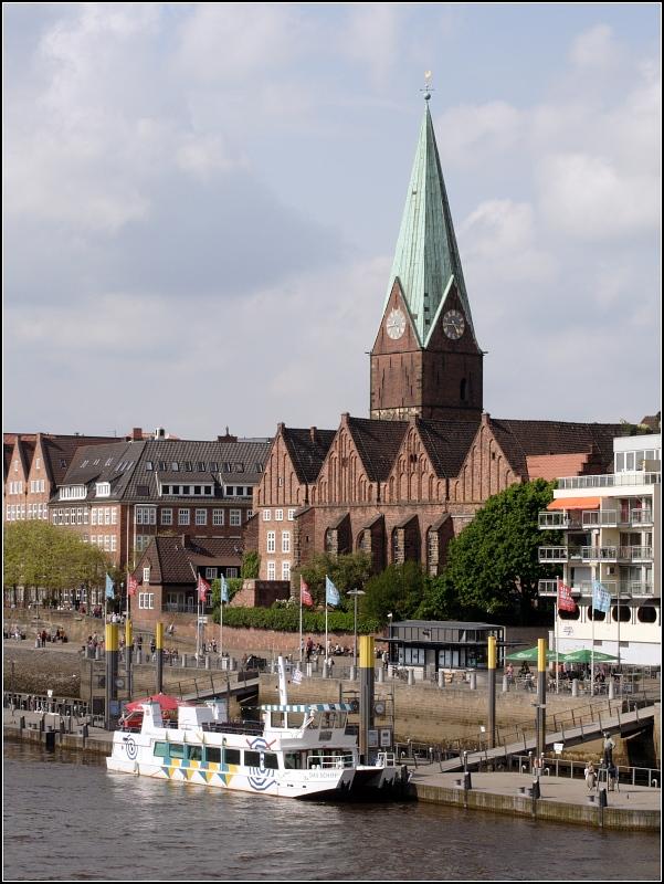 Die Sankt-Martini-Kirche in der Bremer Altstadt hat auch