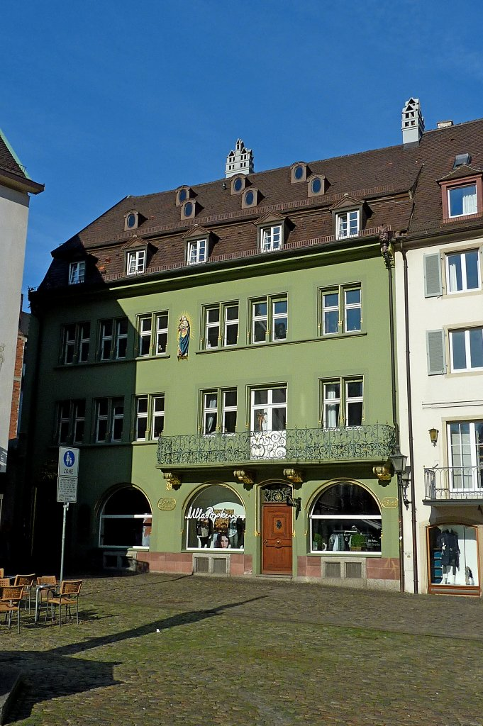 freiburg im breisgau das bankhaus krebs steht seit 1721 auf dem m nsterplatz nach der. Black Bedroom Furniture Sets. Home Design Ideas