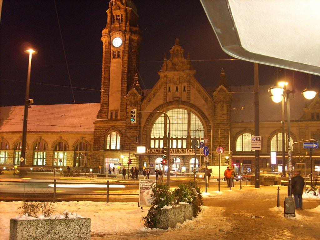 Hauptbahnhof Krefeld - Staedte-fotos.de
