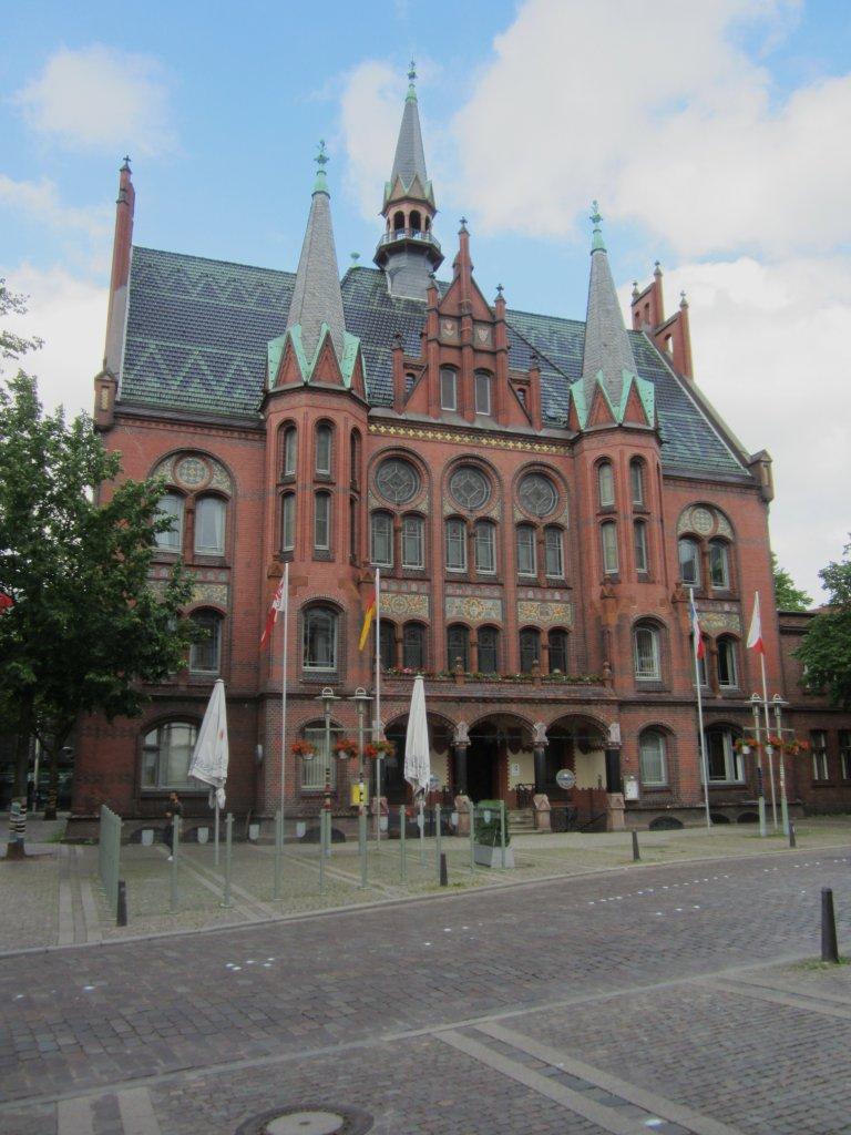 Neum nster rathaus am gro flecken erbaut von 1898 bis - Architekt luxemburg ...