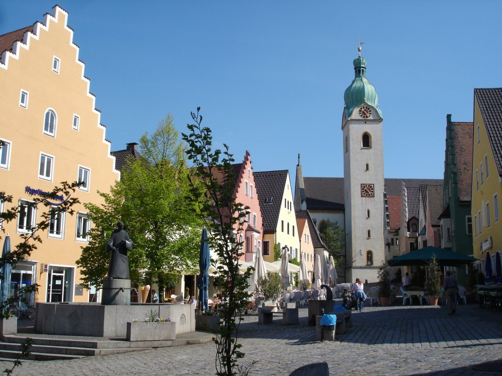 schwandorf in der oberpfalz bayern marktplatz mit jakobskirche von 1400 2007 staedte. Black Bedroom Furniture Sets. Home Design Ideas