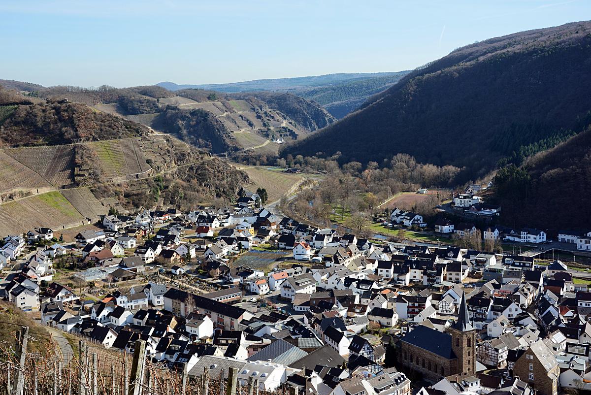 Dernau Im Ahrtal Blickrichtung Ahrweiler 24 02 2014
