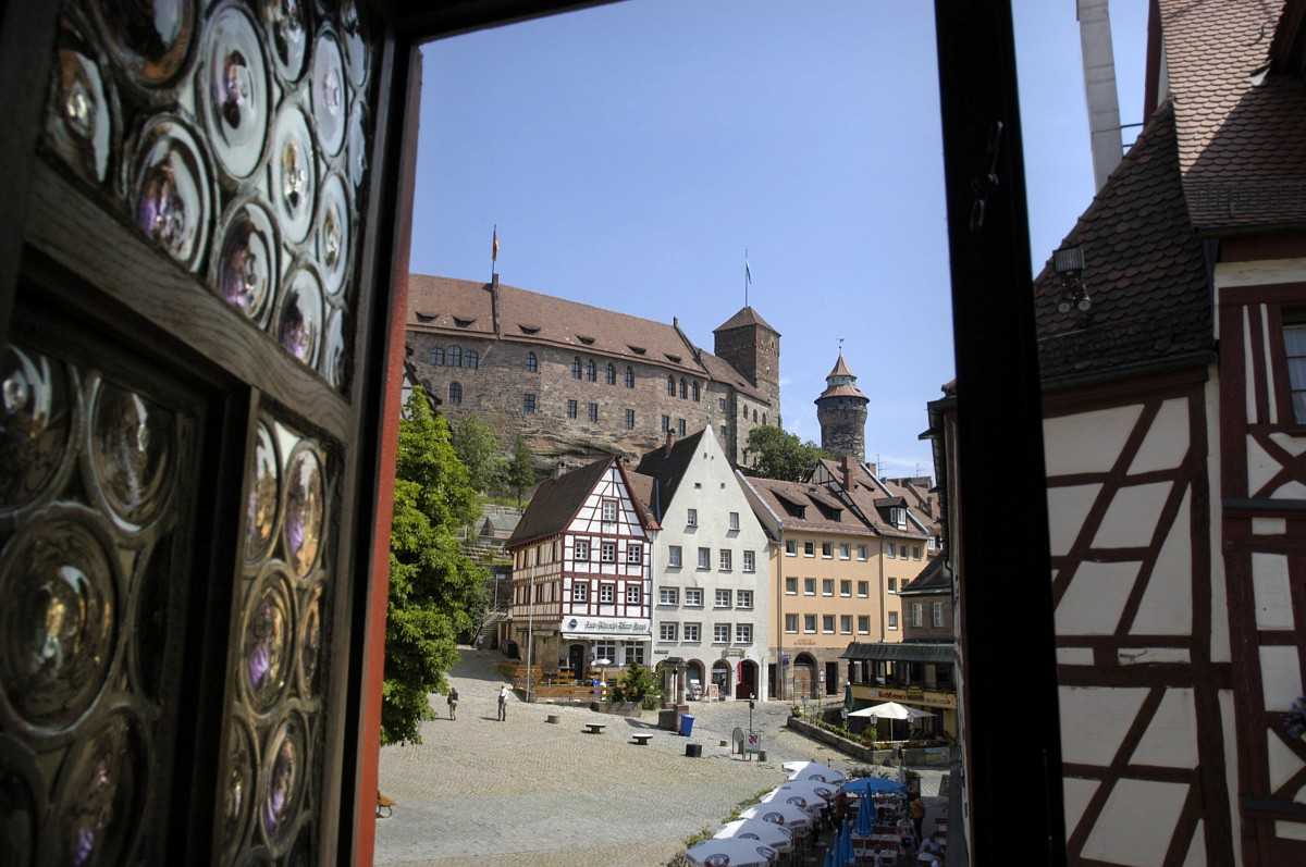 die burg in n rnberg vom albrecht d rer haus aus gesehen. Black Bedroom Furniture Sets. Home Design Ideas