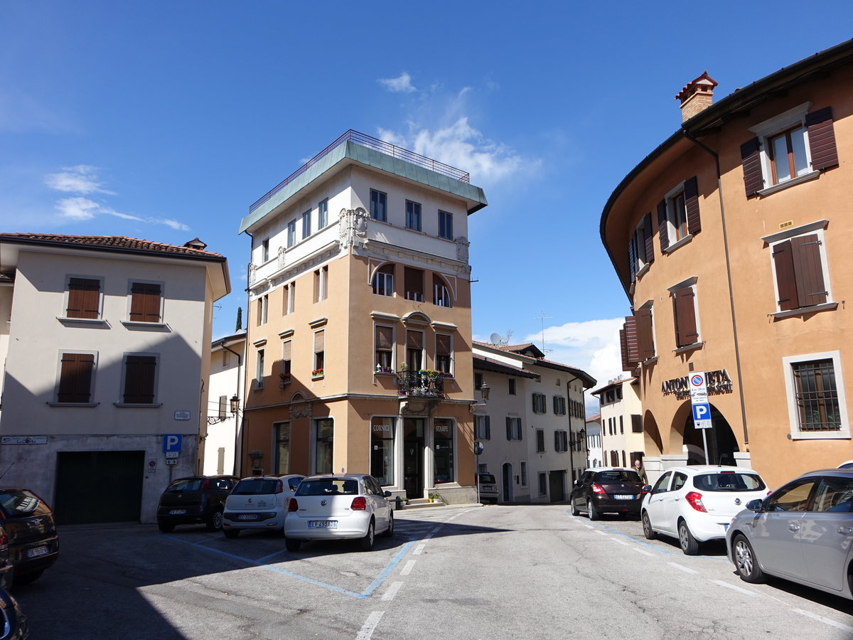 Neue bilder 10 staedte for Piazza del friuli