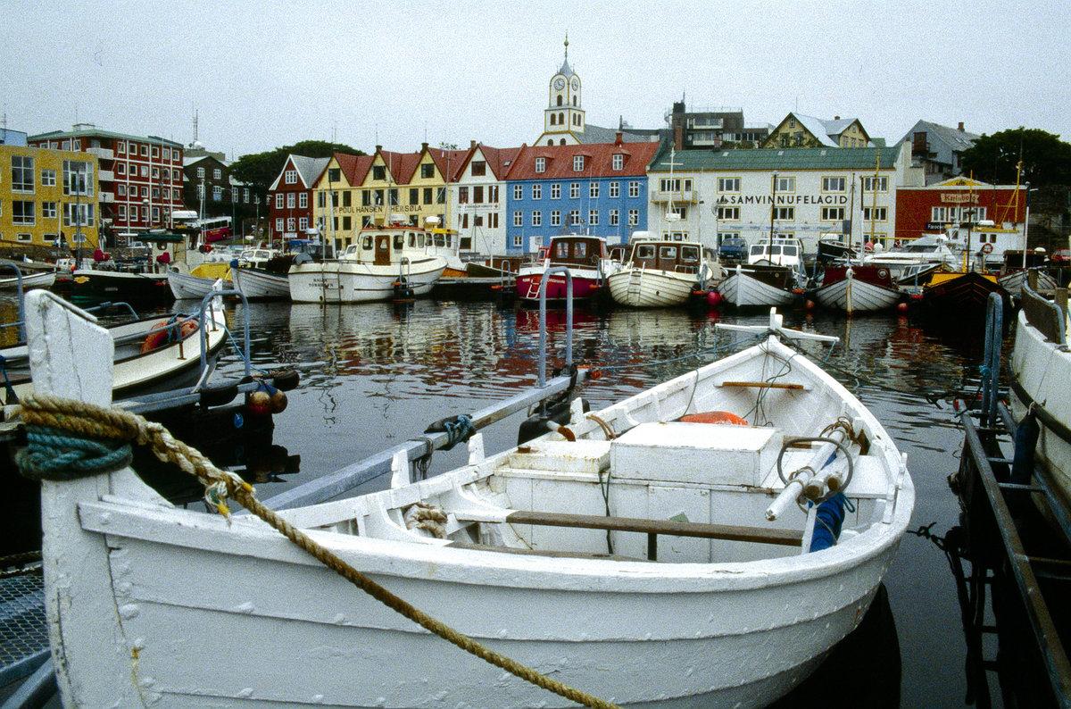 t rshavn ist die hauptstadt von den f r er bild vom dia aufnahme juli 1995 staedte. Black Bedroom Furniture Sets. Home Design Ideas