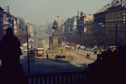 Blick vom Nationalmuseum auf den Wenzelsplatz in Prag.(April 1969)