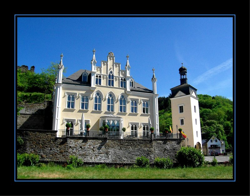 schloss sayn in bendorf sayn liegt in rheinland pfalz zwischen neuwied und koblenz schon. Black Bedroom Furniture Sets. Home Design Ideas