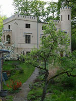 Das Pförtnerhaus am Eingang zum Schlosspark Babelsberg.