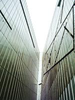Das Jüdische Museum in Berlin. Bild vom Dia. Aufnahme: Juni 2001.